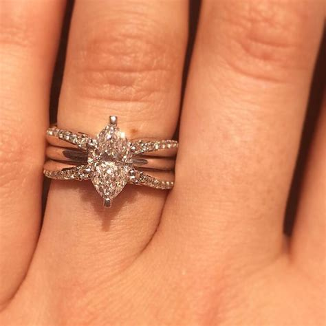 absolutely stunning 1 5 carat marquise solitaire