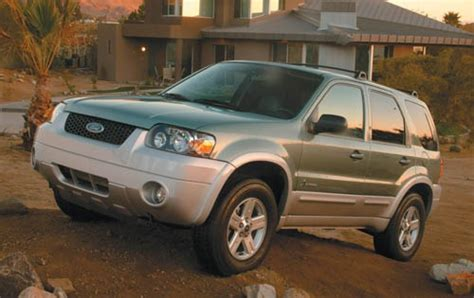 small engine maintenance and repair 2006 ford escape interior lighting 2005 ford escape hybrid reliability rating