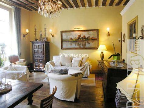 the living room st louis 2 bedrooms apartment in ile louis ile st louis