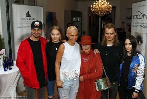 Switch Lu Xenia grand opening der luxuslashes lounge by natascha ochsenknecht redcarpet reports