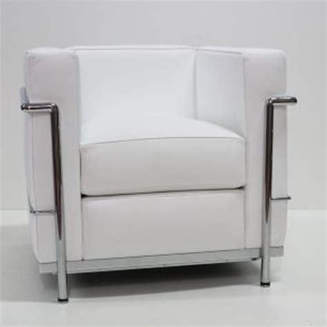 poltrona le corbusier lc2 poltrona le corbusier divani a prezzi scontati
