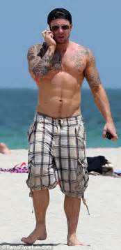 lee ryan may be in shape but duncan james incredibly