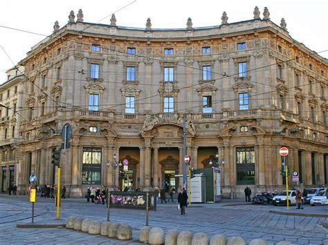 ufficio postale cordusio zona cordusio el corte ingl 233 s si prende il palazzo