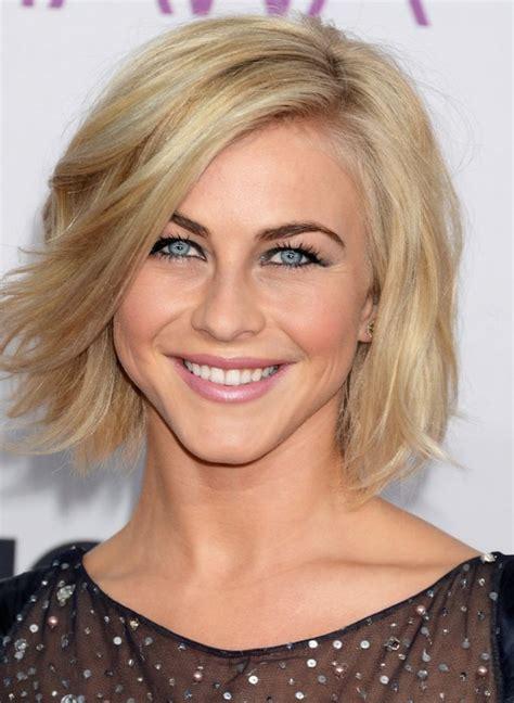 julianne hough choppy bob hairstyle julianne hough cute choppy blonde wavy hairstyle for