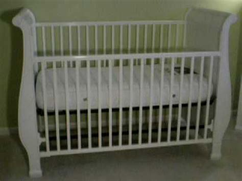 How To Put Together A Baby Crib Gorgeous Simmons Venetian Sleigh Crib In White With Mattress