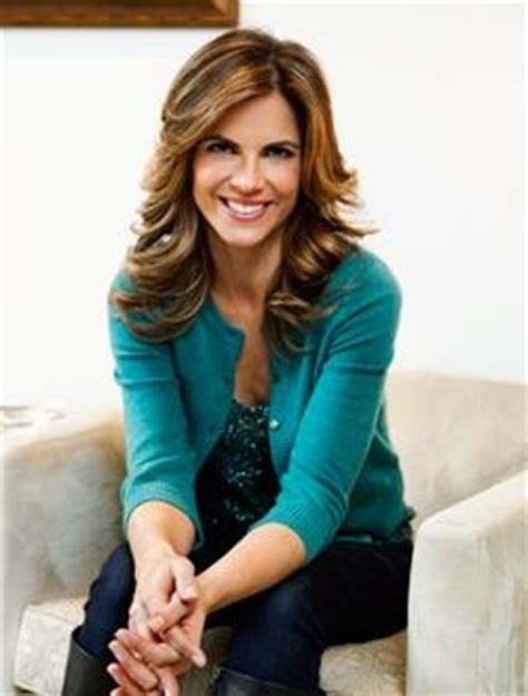how does natalie morales style her hair natalie morales hair layers hair makeup ideas