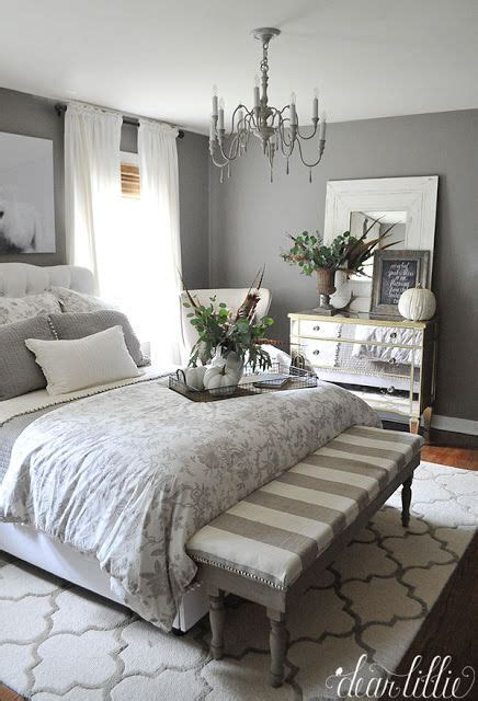 Grey Bedroom With Mirrored Furniture Best 25 Mirrored Furniture Ideas On Mirror
