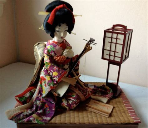 geisha bath house ooak japanese geisha doll seated playing shamisen japanese geisha dolls and geishas