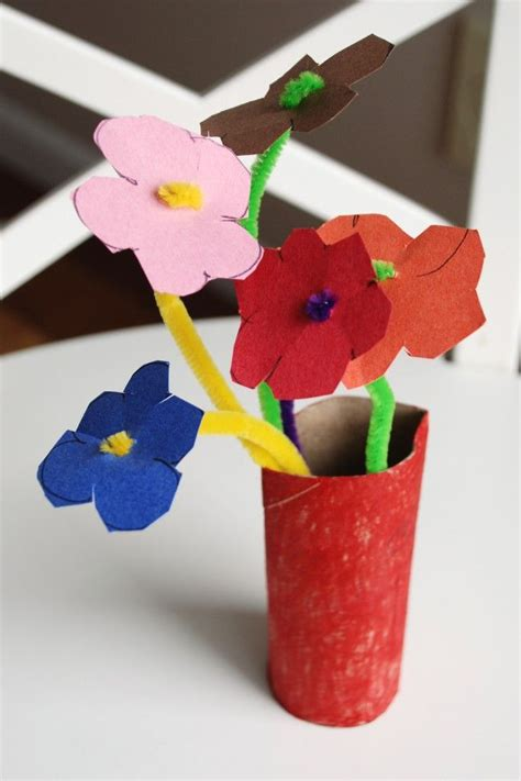 Construction Paper Flower Crafts - use pipe cleaners construction paper and a toilet paper