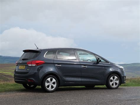 Kia Carens 2011 Review 02 Aug Kia Carens 1 7 Crdi Scotland S Motor Rally Magazine