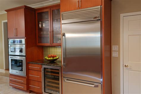 Kitchen Remodeling Ideas For A Small Kitchen by Refrigerator Basic Options Explained Momentum Construction