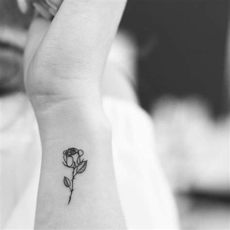 small black and white rose tattoos tiny www pixshark images galleries
