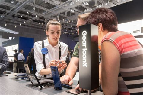 [Photo] Samsung Showcases a ?New Normal? for Mobile Innovations at IFA 2017 ? Samsung Global