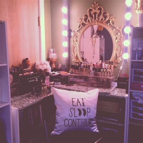 44 best images about girly bedrooms on pinterest red broke girl expensive taste decor pinterest