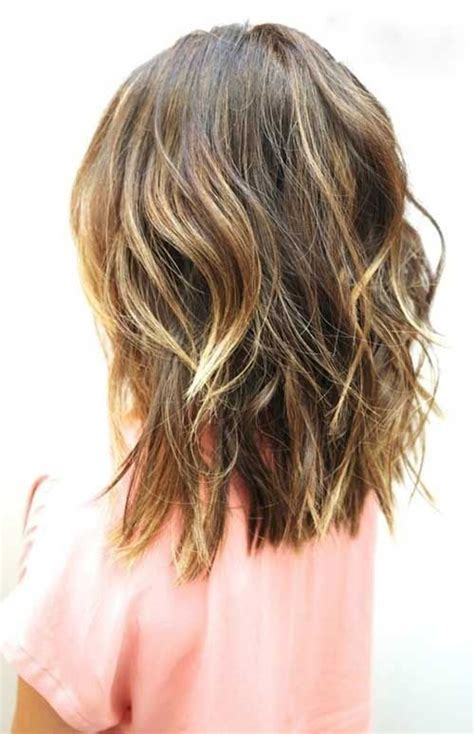 short loose waves hairstyles best beachy waves for short to medium length hairstyles