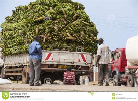 Transportation With Car Problems In Africa Editorial Photo   Image: 28716316
