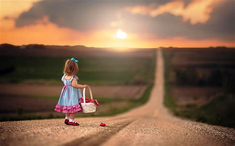 cute wallpaper hd new very small girl on the lonely road latest hd wallpapers