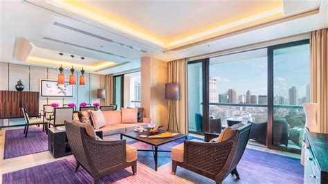 siam kempinski hotel bangkok compare deals