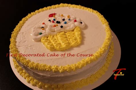 decorated cakes wilton cake decorating basics course part 2 lessons