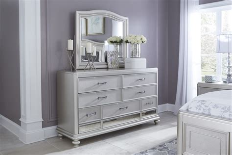 Bedroom Furniture With Mirror Coralayne Silver Bedroom Mirror B650 136 Mirrors Heritage Home Furnishings