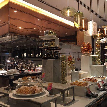 kitchen w hotel hong kong west kowloon restaurant