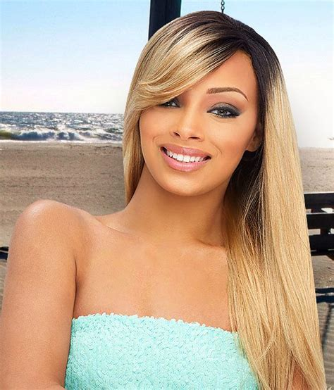 keeping short hair off your neck when it is hot summer heat lace wigs lace front wig review