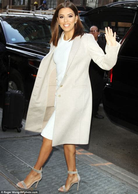 chic looks for 52 year old eva longoria promotes telenovela on the view in new york