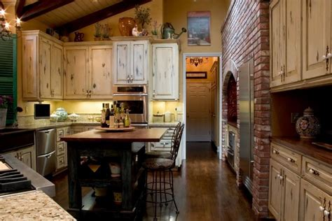 colonial kitchen designs colonial kitchen pictures slideshow