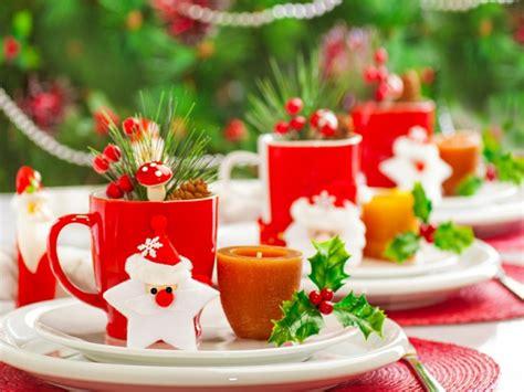 tischschmuck weihnachten selber basteln weihnachtliche tischdeko selbst gemacht 55 festliche