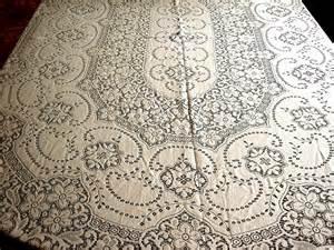 quaker lace tablecloth vintage oval cotton needle lace flowers