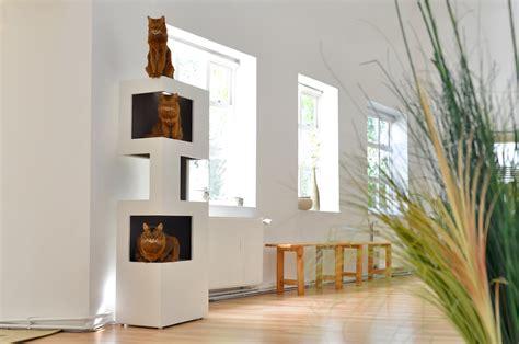 Kratzbaum Design Wohnung moderner kratzbaum the one die moderne katze