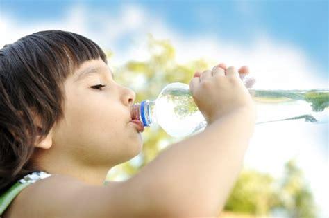 Imagenes Niños Bebiendo Agua | nada mejor que el agua pura por nutrikids 161 voy a ser