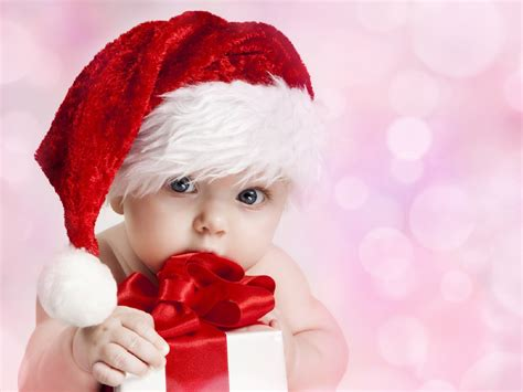 baby christmas hat wallpaper free download gamefree