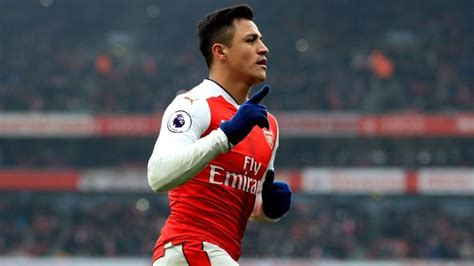 alexis sanchez as a kid arsenal s alexis sanchez i used to play football in local