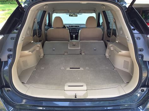 nissan rogue interior cargo review 2015 nissan rogue is a cost conscious family