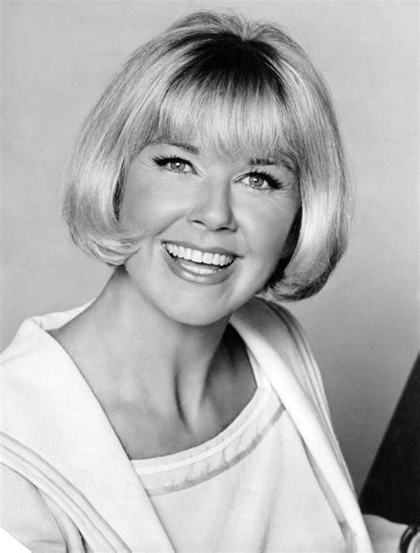 doris day hairstyles doris day le bob doris day style pinterest