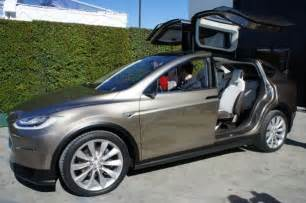 Electric Car Tesla Model X Tesla Model X Electric Suv Unveiled Ubergizmo