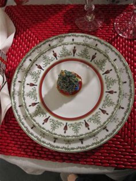 fabulous table settings china and dinnerware on