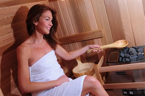 Steam Room Vs Sauna For Detox by Sauna Vs Steam Room Almost Heaven Saunas