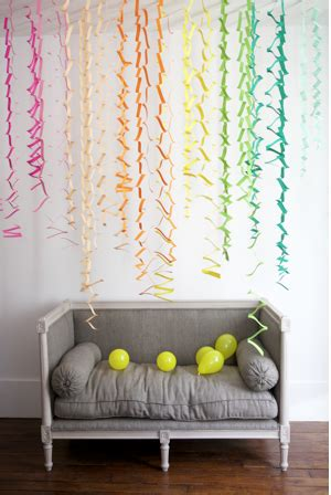 simple diy party decor easy zig zag accordion streamers be different act normal zig zag accordion streamers