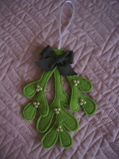 pattern for felt mistletoe handmade felt mistletoe hanging decoration with pearl
