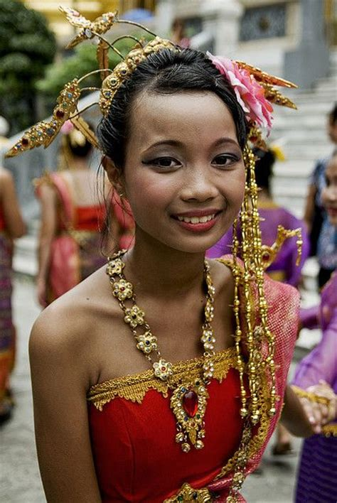 Dress Thaigirl in traditional dress bangkok traditional costumes world and