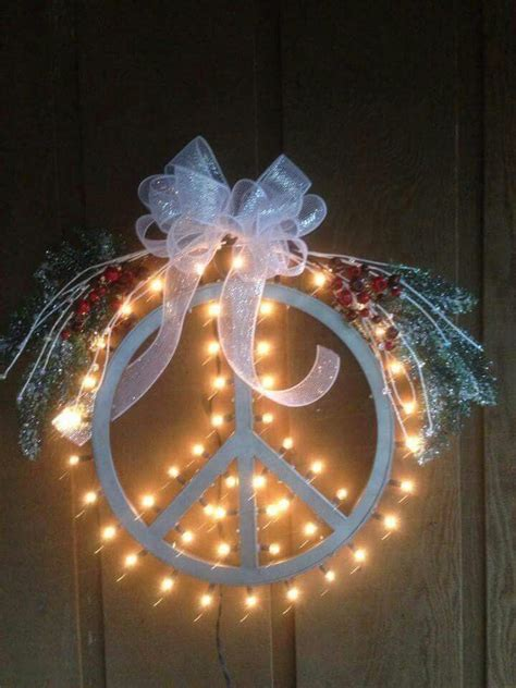 love  holiday images  pinterest peace signs christmas ideas  hippie art