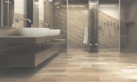 bagno in gres porcellanato effetto legno bagni in gres porcellanato effetto legno konkour