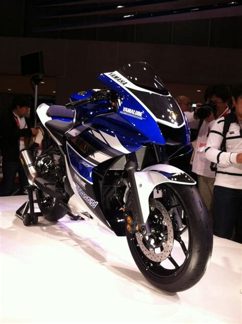 yamaha r25 concept unveiled at 2013 tokyo motor show html