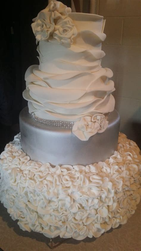 Wedding Cake Erie Pa by Cakes By Tammy Reviews Ratings Wedding Cake Ohio