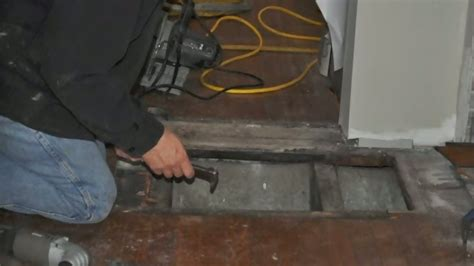 how to repair floors in your mobile home