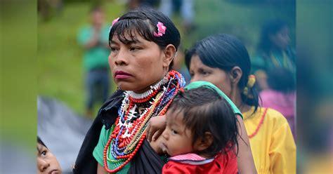 imagenes de niños indigenas jugando los ni 241 os embera kat 237 o sin acceso a etnoeducaci 243 n en c 243 rdoba