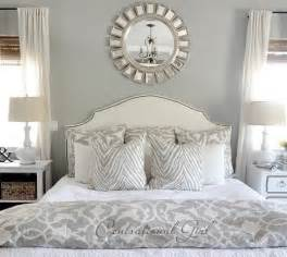 Gray And White Bedroom by Gray Bedroom With Accent Wall The Ultimate Designs