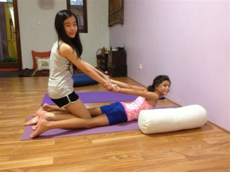 young teen girls in yoga pants young teen girls in yoga pants sex porn images